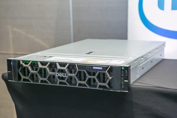 戴爾新14代PowerEdge伺服器登臺上市,擴大支援超高速NVMe,更首